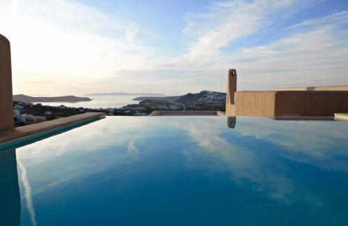 Voreina Hotel Santorini